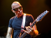04-Joe Satriani-Sena 18-2426
