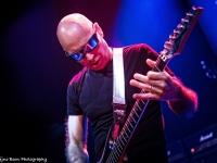 07-Joe Satriani-Sena 18-2405