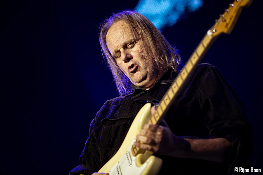 Walter Trout R&B2017 18-9216