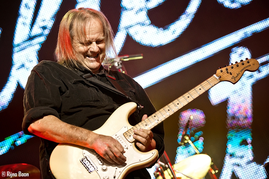 Walter Trout R&B2017 33-9109