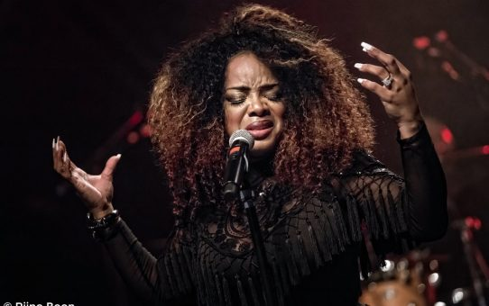 Leela James in Luxor Live
