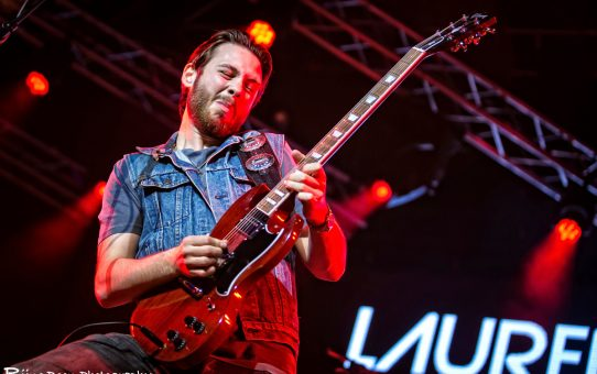 Laurence Jones op Ribs & Blues 2019